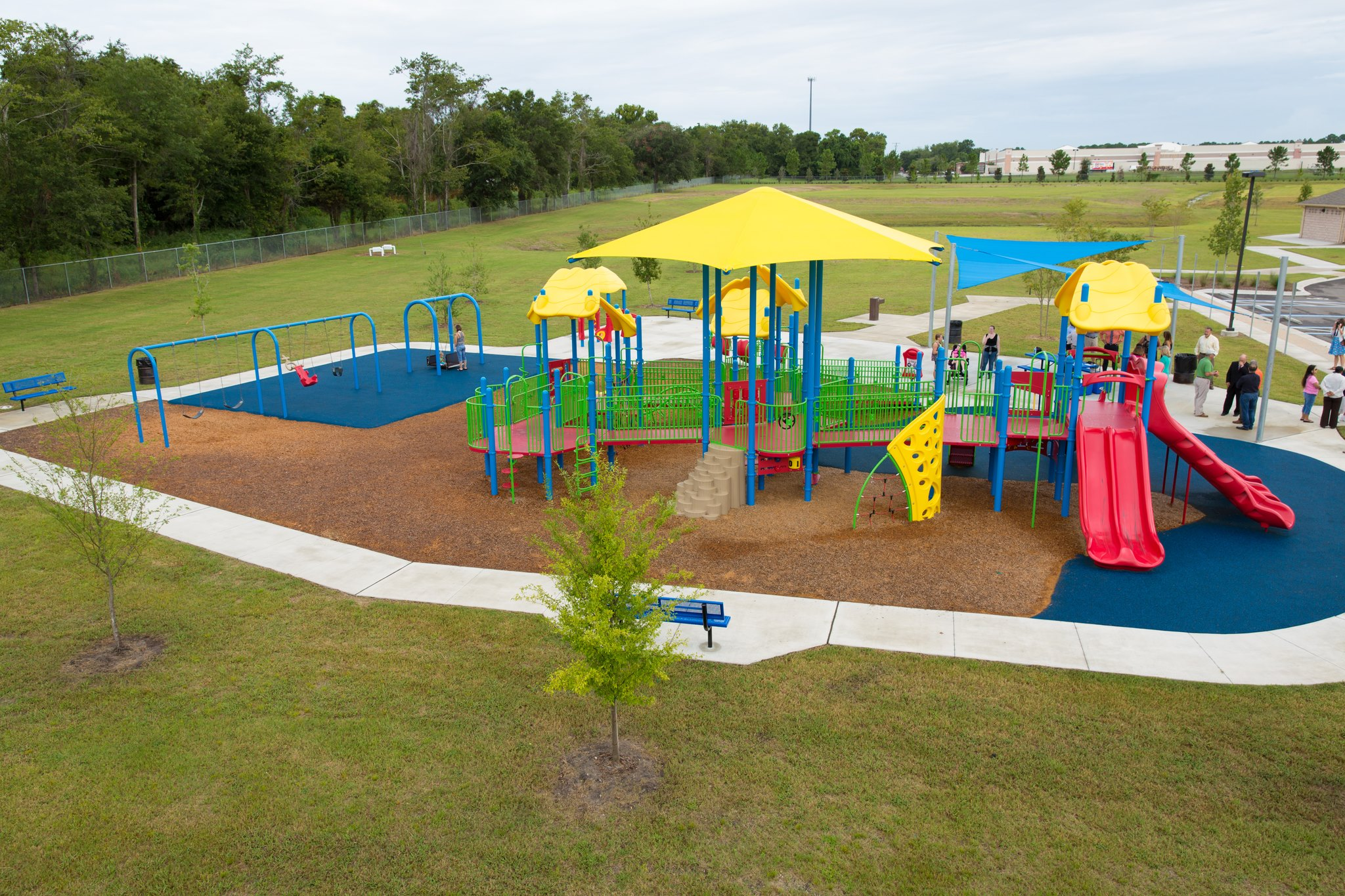 Fall Surfacing Amp Containment Borders Bliss Products And Services Commercial Playground And